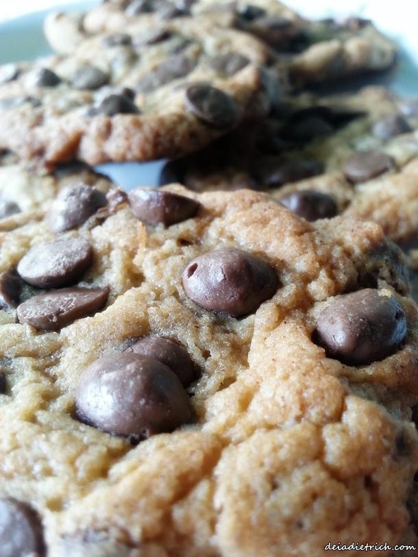 DEIADIETRICH.COM-receita-cookies-gotas-chocolate3