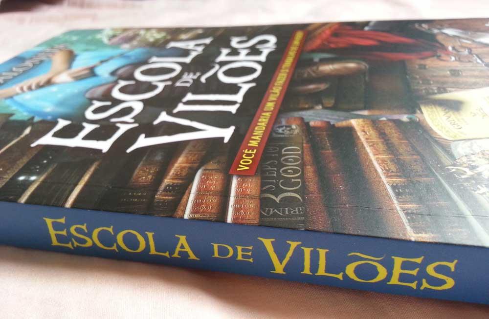 deiadietrich-livro-escola-de-viloes-2