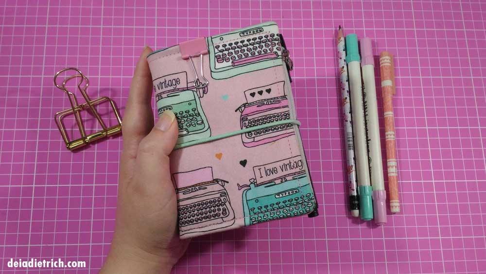 Traveler Notebook passport setup – como me organizo usando Deiadori + vídeo