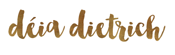 Déia Dietrich - E as aventuras nesse mundo de planner e scrapbook